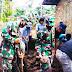 *Kepedulian Babinsa Anggota Koramil 1110/Banyuresmi Bantu Warga Masyarakat Garut -Jawa Barat*