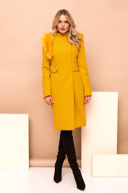 Palton elegant mustariu din stofa cu insertii cu blana reducere