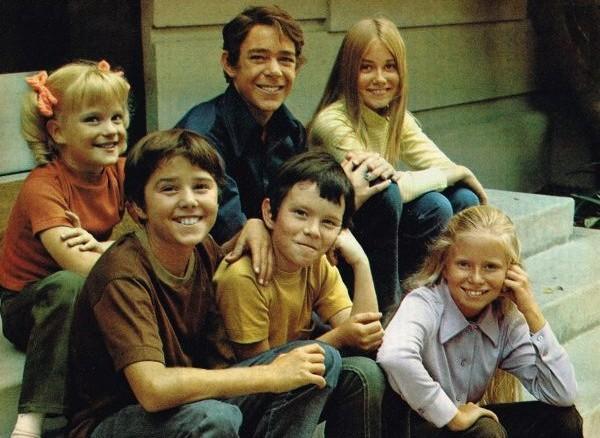 Comfort Tv Six Kids Six Classic Brady Bunch Episodes