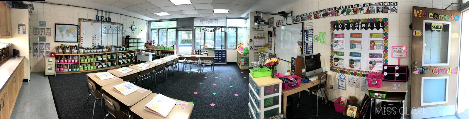 second grade pink and green classroom