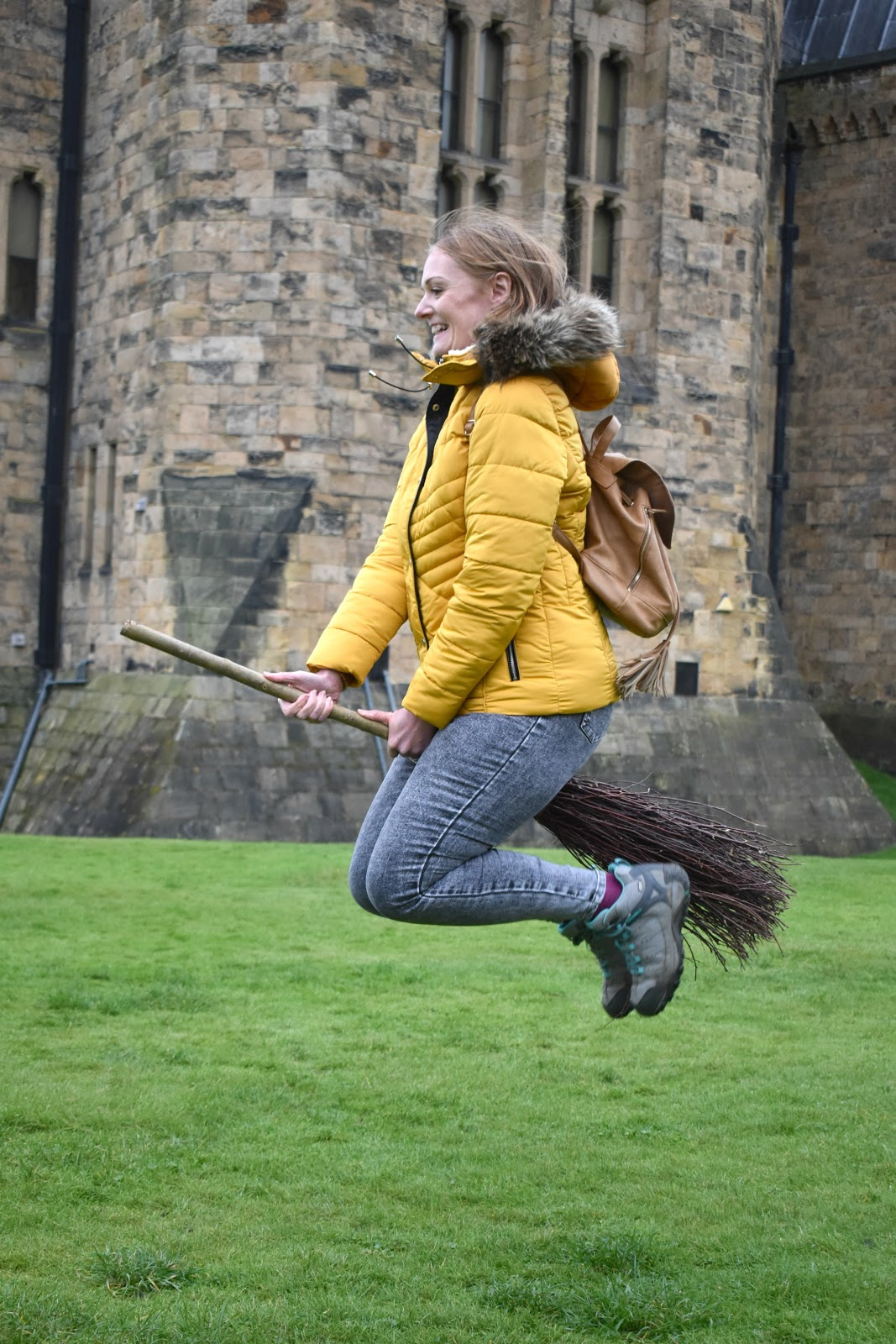 Alnwick Castle - Harry Potter Broomsticks