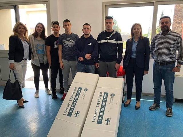 Μαθητές του 1ου Λυκείου Άργους διέθεσαν τα χρήματα της εκδρομής τους για δωρεά στο Νοσοκομείο Αργολίδας
