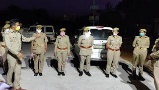 पुलिस अधीक्षक जालौन डॉ0 सतीश कुमार द्वारा क्षेत्र भ्रमण के दौरान कोतवाली कालपी का औचक निरीक्षण किया                                                                                                                                                      संवाददाता, Journalist Anil Prabhakar.                                                                                               www.upviral24.in