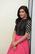 Eesha latest glamorous photos-thumbnail-15