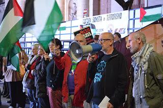http://ultimocero.com/cultura/2016/10/28/protesta-contra-la-proyeccion-de-la-pelicula-israeli-tormenta-de-arena/