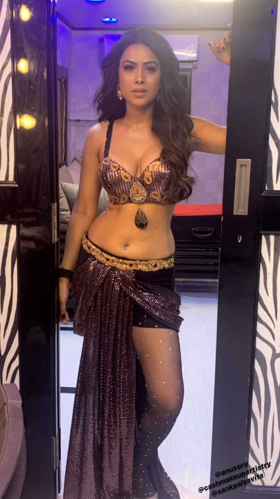 Nia Sharma Hot and Sexy Cleavage, navel