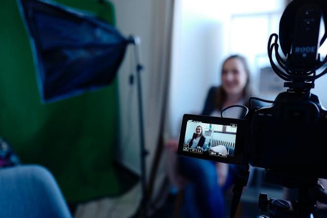 ماذا نقصد ب Vlogging وكيف ستجني أرباحا محترمة من خلاله؟ا طرق الؤبح من الانترنت