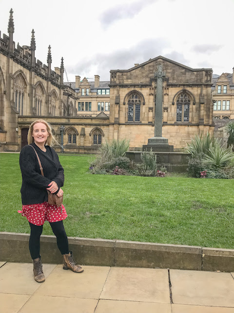 Exploring Manchester Cathedral gardens
