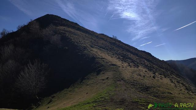 Rampa final al Pico Cunio, Ponga