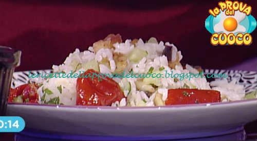 Ricetta Insalata di riso alla greca con salsa tzatziki di Ambra Romani da Prova del Cuoco