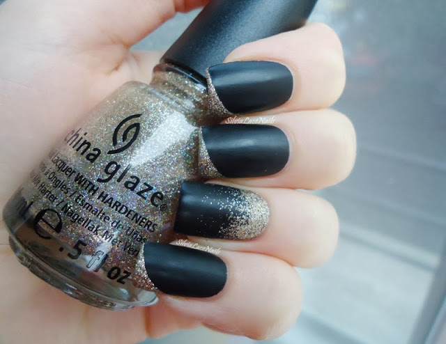 Silvia Lace Nails: black matte with glitter accents