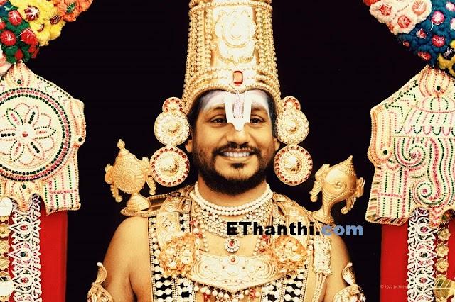 தானே கடவுள் என்று சொல்லும் நித்தி... அவரின் பெருமாள் அவதாரம் !