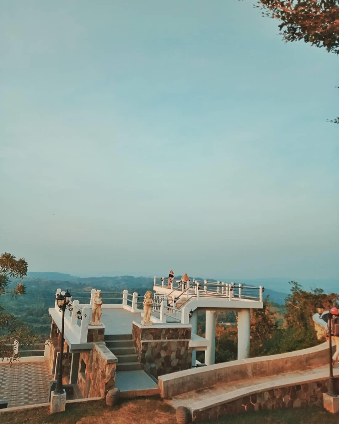 Harga hotel Hidden Valley Purwakarta
