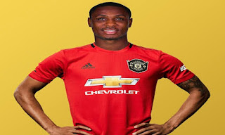 Manchester United Fans React to the Signing of Odion Ighalo
