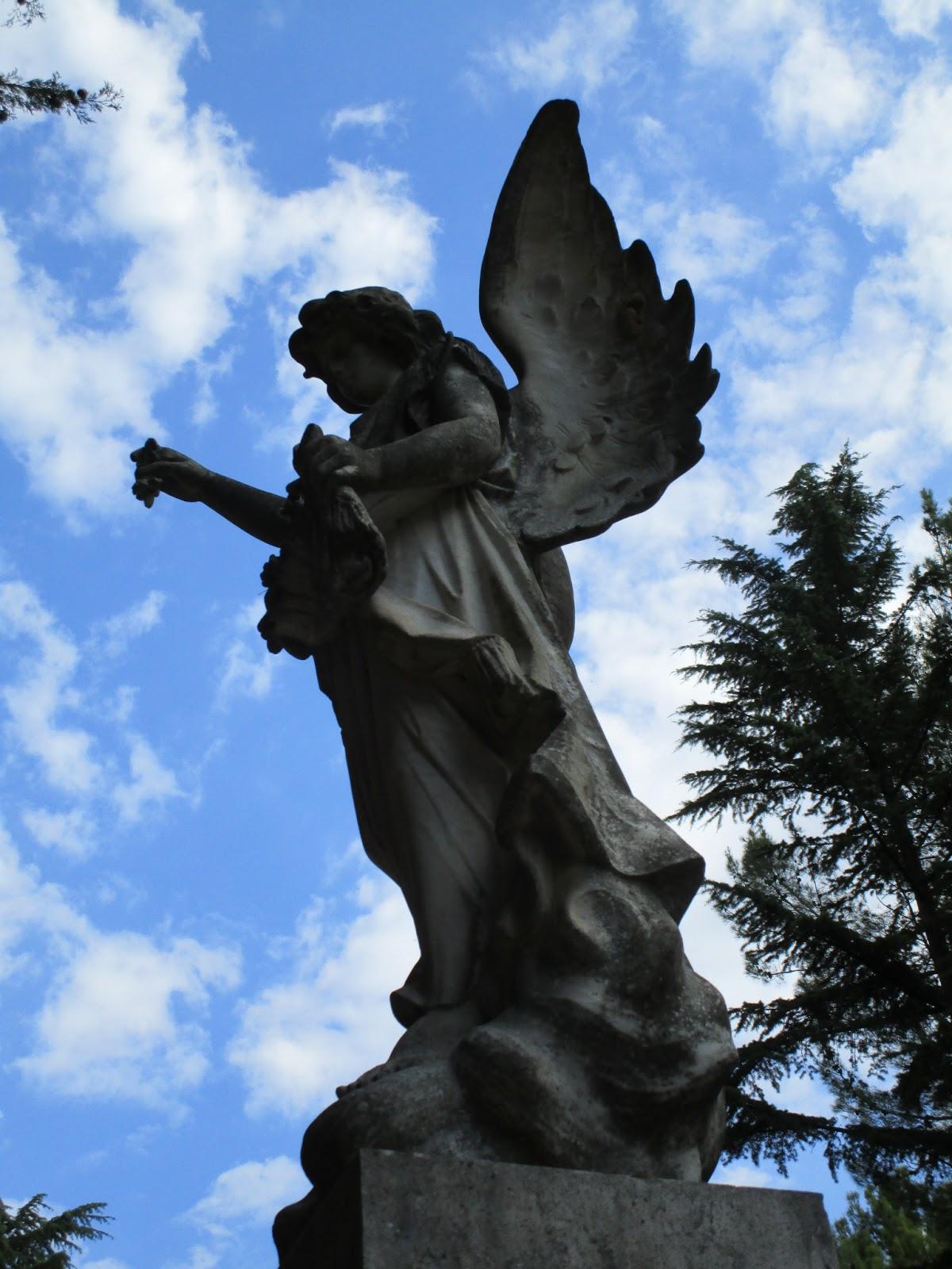acht tage mit engel