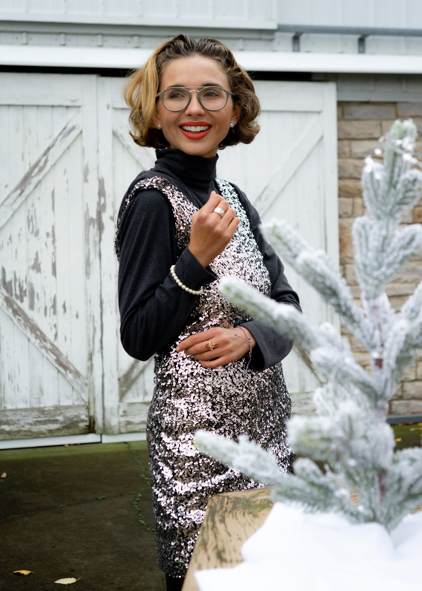 My favorite glitter and glam holiday dresses and shoes