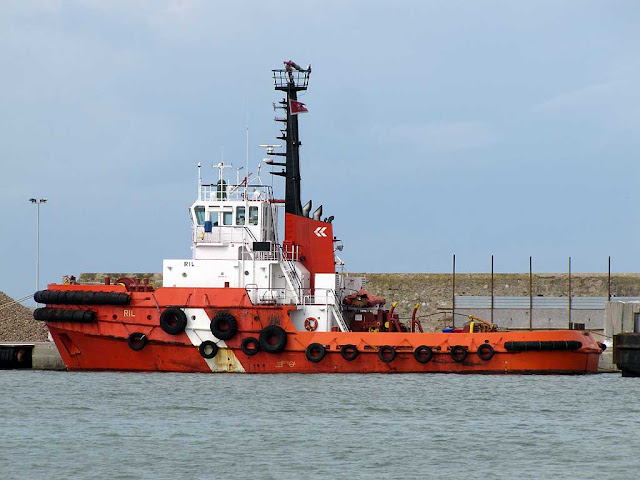 Tug RIL, IMO: 8116441, port of Livorno