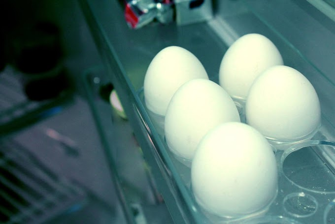 How to test a very fresh egg