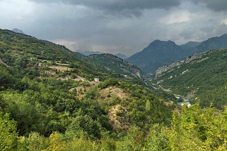 fshati lotaj komuna shale qarku shkoder