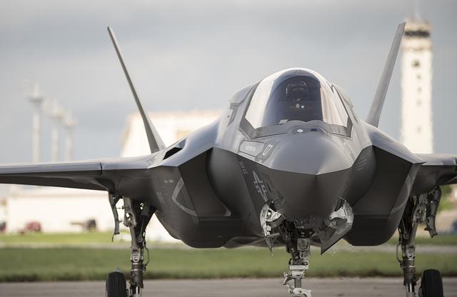 Pesawat siluman F-35