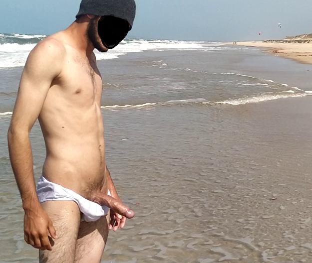 erección en la playa