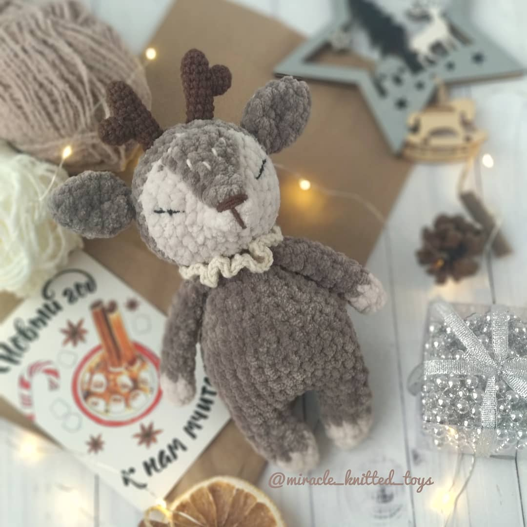 Amigurumi plush deer pattern