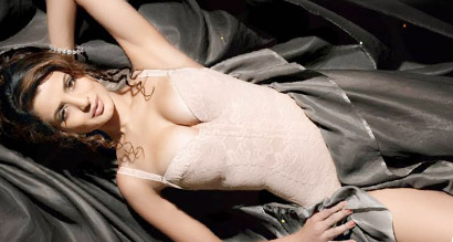 Ameesha Patel Measurements, Height, Weight, Bra Size, Age