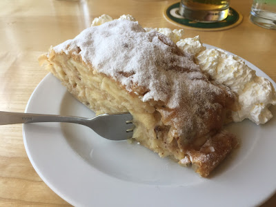 Dessert, a type of strudel, at Wolayerseehütte.