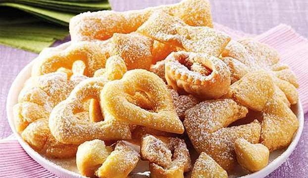 https://lacucinadisusana.blogspot.com.ar/2015/02/chiacchiere-fatte-in-casa-ecco-come.html