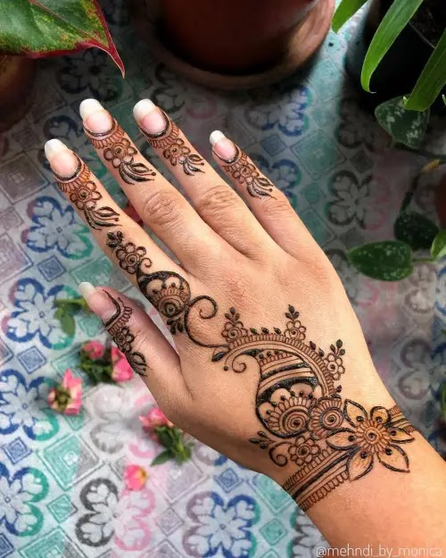 Mango-with-flowers-mehndi-design