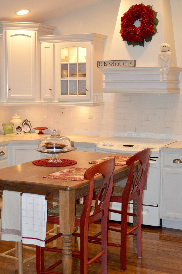 Cottage Style Kitchen In Reds and White