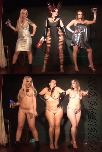 The Body of a Woman: Nude Performance Art. Art and beauty of nude dancing. Nude stage performance (Naked Theater 15)
