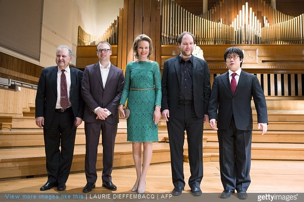 Daniel Blumenthal, Liebrecht Vanbeckevoort, Queen Mathilde of Belgium, Thomas Hoppe and Sato Takashi pose for the photographer at the semi-finals of the Queen Elisabeth Violin Competition 2015 at the Brussels' Flagey, Saturday on May 16, 2015
