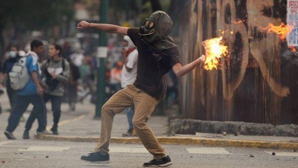 США готовит коррупционный переворот в Венесуэле.