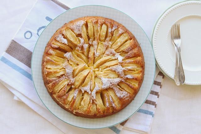 Torta di mele a raggi czyli promieniste ciasto jabłkowe