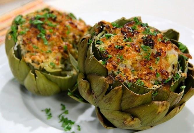 Comidas hechas con alcachofas o alcauciles