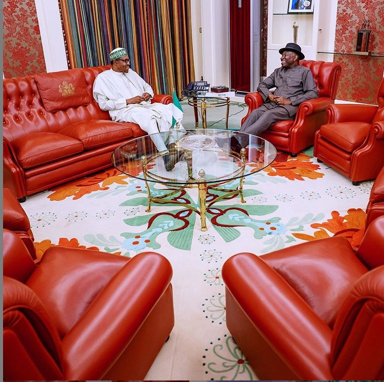 HAPPENING NOW! President Buhari And Goodluck Jonathan Meet In Aso Rock For The First Time In 3 Years