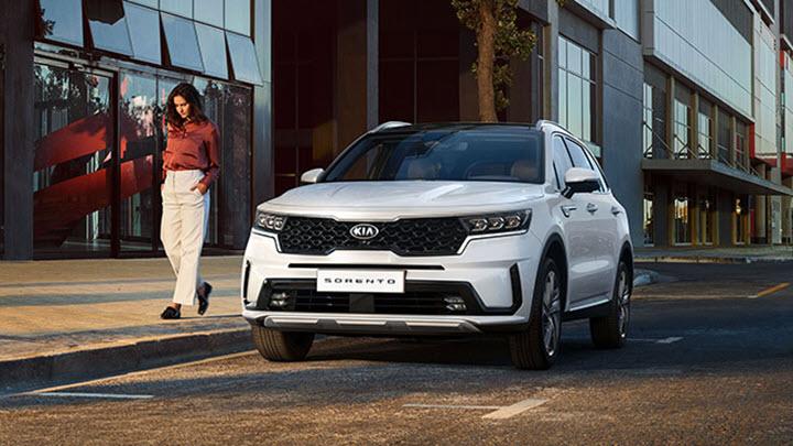 Bảng giá xe Kia mới nhất tháng 6/2020: Sedona Luxury giảm 30 triệu đồng