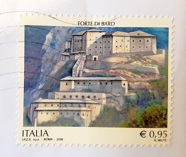 francobollo del 2016 dedicato al Forte di Bard