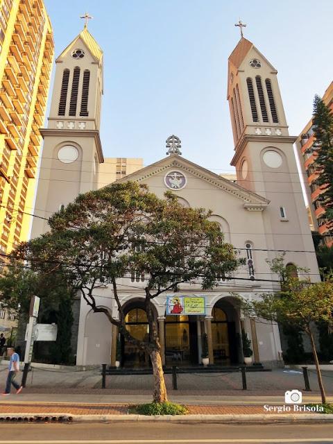 Vista ampla da Igreja de São Francisco de Assis - Vila Clementino - São Paulo