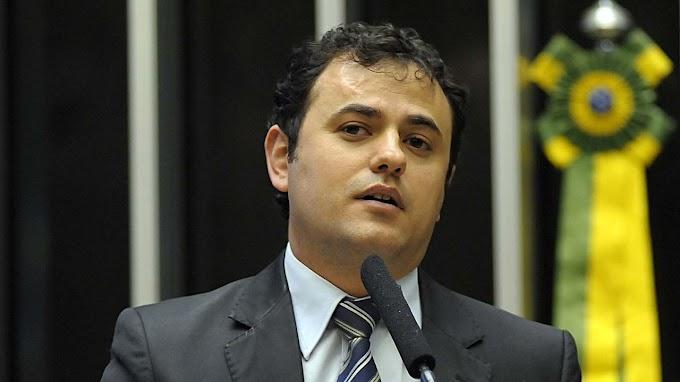 Audiência na Câmara acaba após deputado do PSOL chamar Moro de ladrão