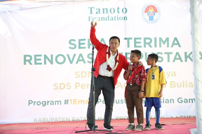 Menpora Apresiasi Tanoto Foundation yang Ciptakan Program 1 Emas 1 Perpustakaan