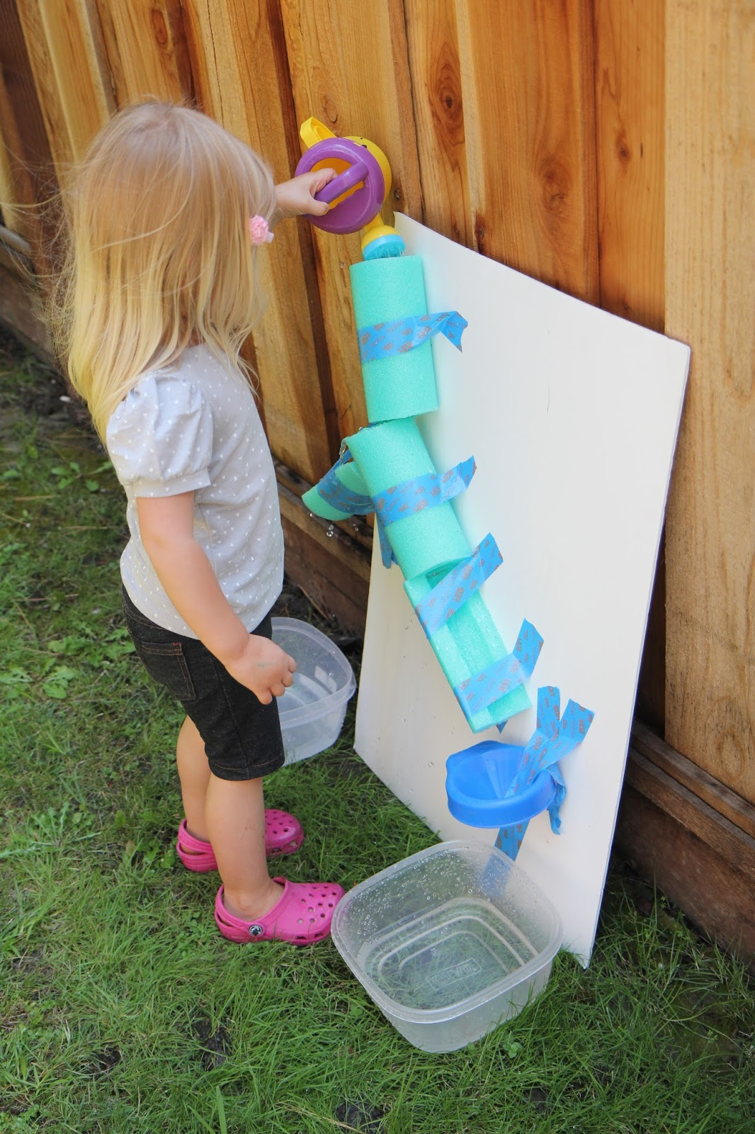 Toddler Approved!: Easy DIY Water Wall for Kids {Backyard ...