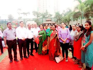 Mumbai : शरीर, मन और आत्मा को एक साथ जोड़ता है योग : कृपाशंकर सिंह