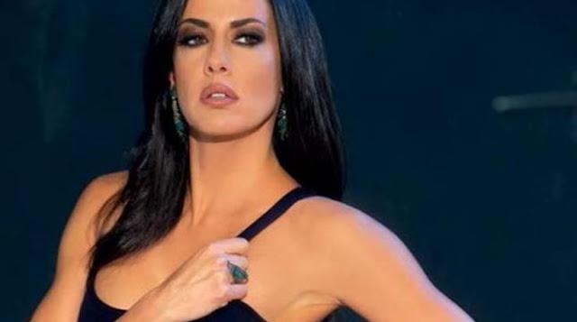 Εύη Αδάμ: Το μίνι φόρεμα... πρόδωσε το λευκό της εσώρoυχο - Δείτε το ΣEΞΙ ατύχημα του μοντέλου