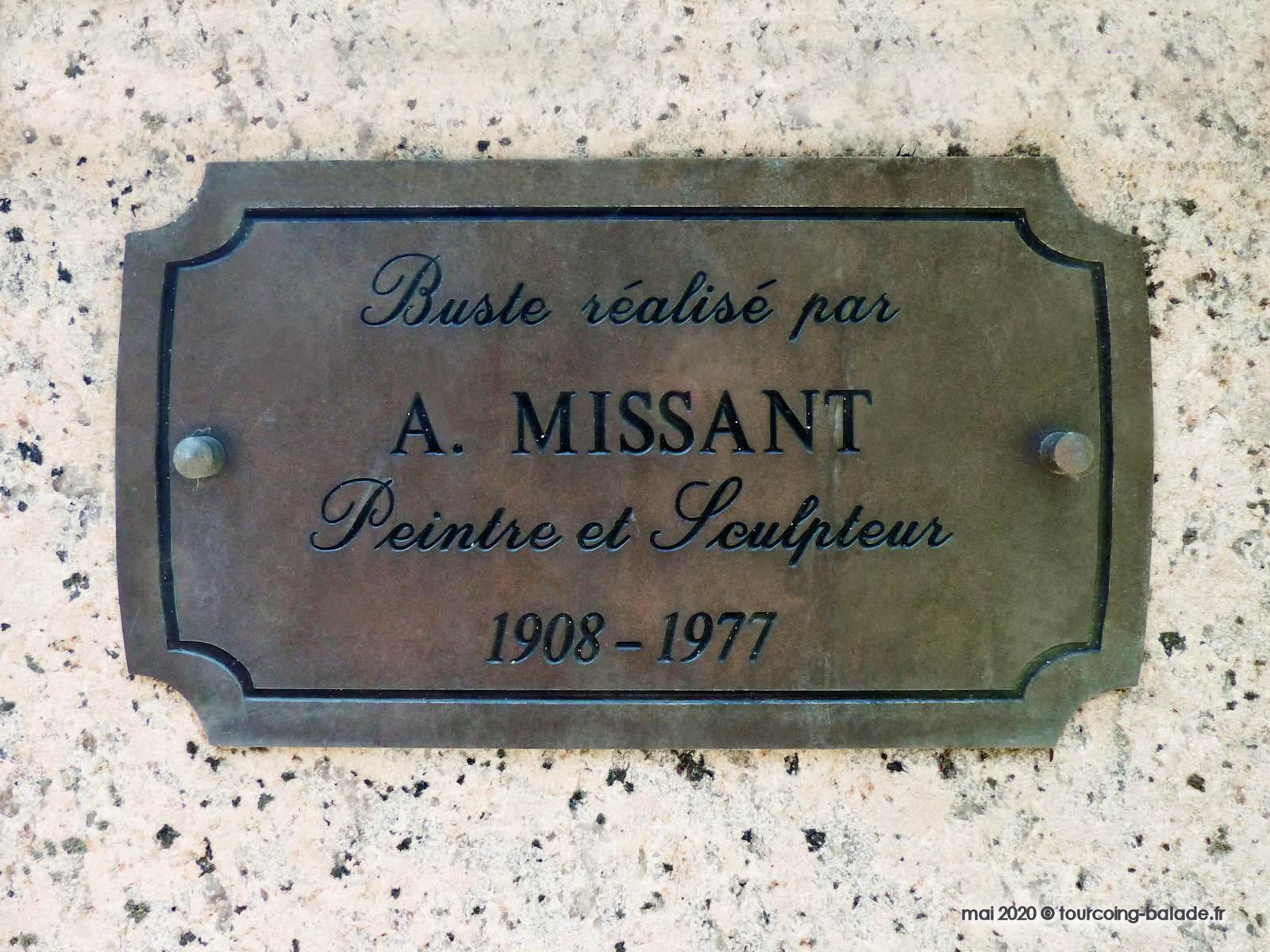 André Missant, Buste de Maxence Van der Meersch, Wasquehal.