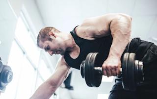 Cara Melatih Otot Biceps Di Rumah Dalam 7 Menit
