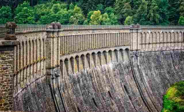 concrete dams