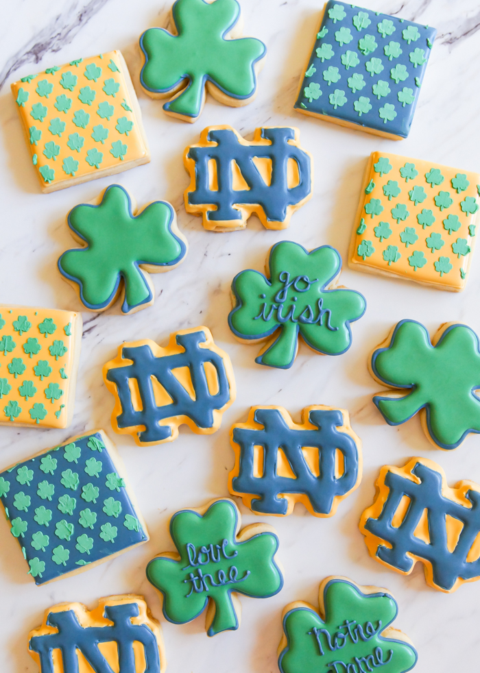 Notre Dame decorated cookies | bakeat350.net
