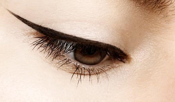 winger eyeliner